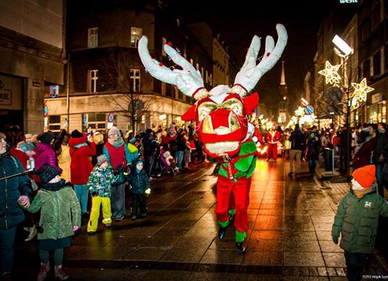 Vyhlášené vánoční trhy a nákupy v Katowicích