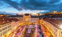 Vánoční Bratislava a zámek Schloss Hof