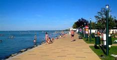 Koupání a zábava u Balatonu