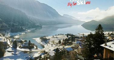 Hotel Aurora – 6denní lyžařský balíček s denním přejezdem, skipasem a dopravou v ceně