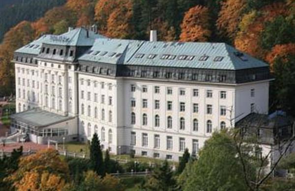 Tradiční radonová kúra - Lázeňské sanatorium Radium Palace ****