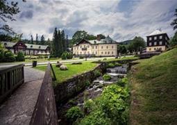 Turistický balíček - Lázeňská budova Bezruč