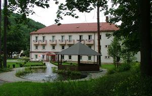 Lázeňský dům Mateja Bela (Park)