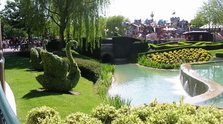 Francie - Disneyland a Asterix park s koupáním v Amberku