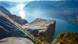 NORSKO - LEGENDÁRNÍ NORSKÉ FJORDY A VYHLÍDKY
