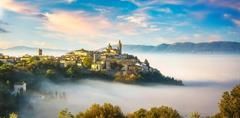 ITÁLIE - MOZAIKA STŘEDOVĚKÉ UMBRIE