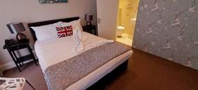 27 Paddington Hotel