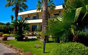 Hotel Delfa