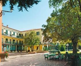 PARK HOTEL JOLANDA