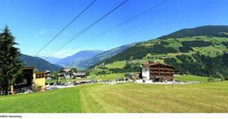 Alpen Wohlfühlhotel Dörflwirt ****