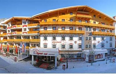 JUFA Alpenhotel Saalbach ****