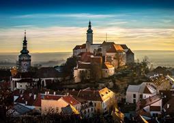 Jižní Morava a posezení ve sklípku