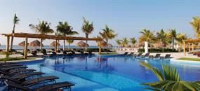 Hotel BlueBay Grand Esmeralda