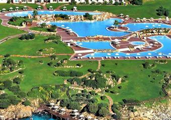 Colonna Resort & Beach