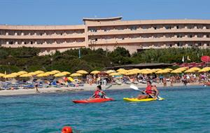 Hotel Club Esse Roccaruja