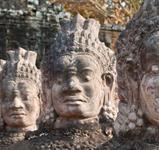 Dobyvatelé ztracených chrámů ***