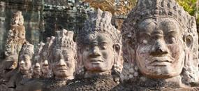 Dobyvatelé ztracených chrámů