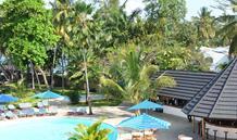 Hotel Travellers Beach & Club
