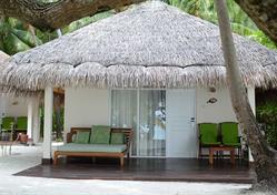 Resort Vakarufalhi Island