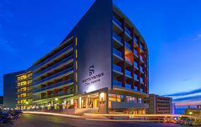 Hotel Smartline Semiramis City