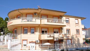 Apartmánový dům Ladikas