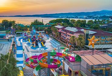 Hotel Lonicera World