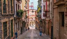 Putování Katalánskem A Baskickem S Koupáním