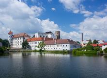 Jindřichův Hradec, Concertino H242 - Pobyt pro seniory 55