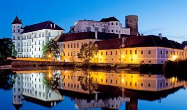 Jindřichův Hradec, Concertino H242 - Víkendový pobyt