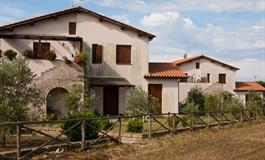 Residence Borgo Valmarina