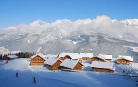 Almwelt Austria Chaletový svět - skiopening