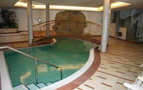 Hotel Krone - BRUNICO