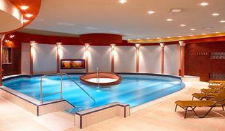 Dunajská streda, Wellness Hotel THERMA s polopenzí a bohatým wellness u termálních lázní
