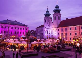 Celodenní koupání v termálních lázních v ceně Győr s návštěvou adventů