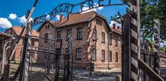 Jednodenní návštěva táborů Auschwitz - Birkenau v Osvětimi