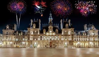 Silvestr v Paříži s návštěvou zámku Versailles a Fontainebleau + sekt do páru