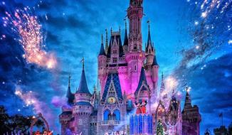 Silvestr v Paříži s návštěvou Disneylandu a ohňostrojem