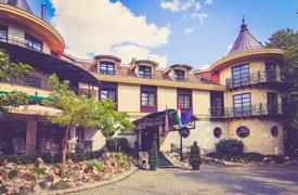 Miskolctapolca, hotel Kitty v nádherném parku