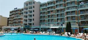 Hotel Delfin (11 a 12 denní pobyty) vlastní dopravou se snídaní