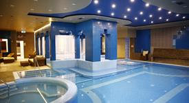 Györ, Golden Ball Club Hotel & Fitness s neomezeným wellness