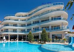 Hotel Blue Bay (12 denní pobyty) vlastní dopravou se snídaní