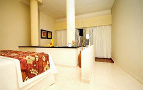 OKRUH SEVER / BERUWELA  (HOTELY / EDEN RESORT AND SPA )