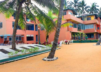 ROY VILLA BEACH RESORT, KALUTARA