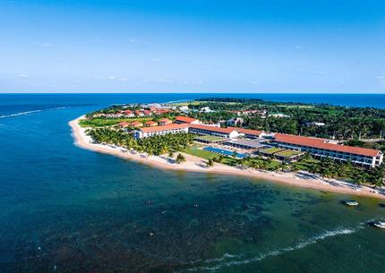 Hotel Amaya Beach Resort and Spa