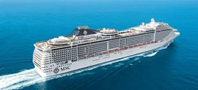 USA, Bahamy, Britské Panenské ostrovy, Svatý Martin z Miami na lodi MSC Divina
