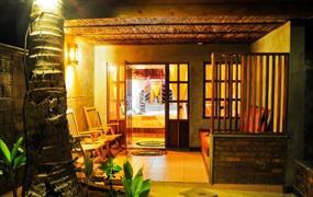 Olhuveli Beach & Spa Resort 4