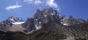 Výstup na Mount Kenya - trasa Chogoria / Sirimon
