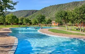 Cesta ze slunečného Swakopmund, přes NP Etosha až po Windhoek - 9 dní