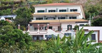 HOTEL VILA MARTA APARTMENTOS VILA