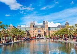 Amsterdam, ochutnávka sýrů a malebný přístav Volendam